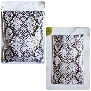🆕(30) Snakeskin Poly Mailers